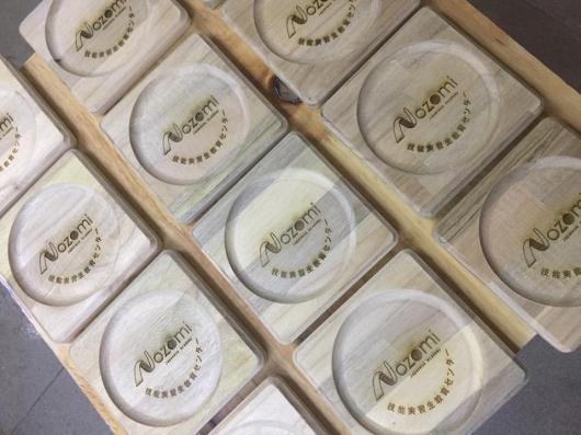 Sản xuất đế lót ly gỗ cho công ty Nozoni