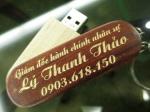 Usb gỗ khắc tên