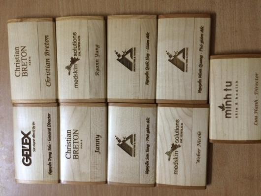 Hộp name card gỗ đã làm cho khách hàng